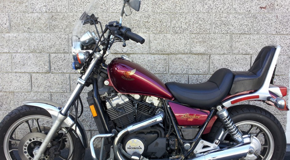 1983 Honda Shadow 750 Bobber Moto Chop Shop