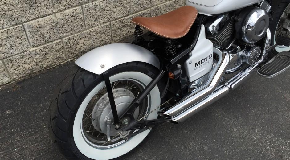 2002 yamaha v star 650 bobber moto chop shop for Yamaha v star 650 custom bobber kit